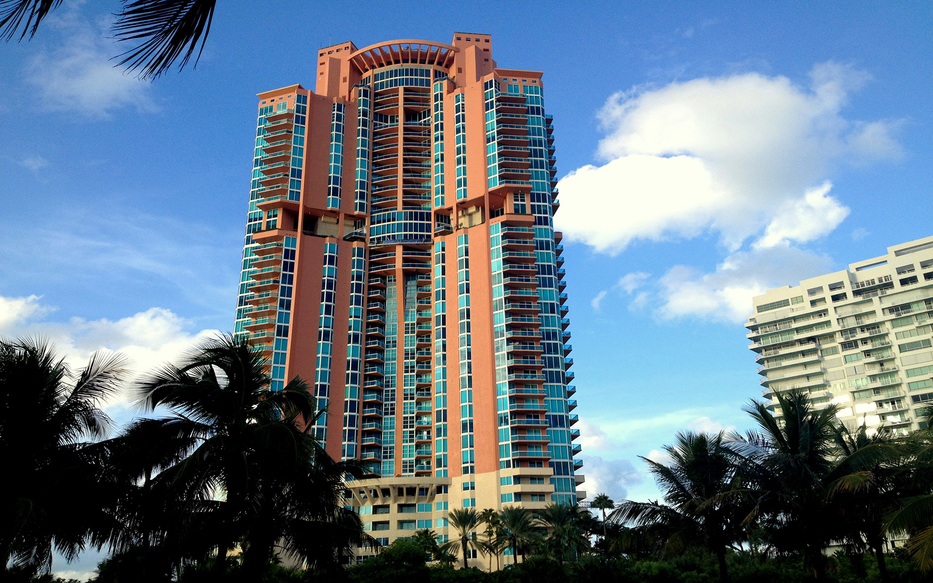 Portofino Tower South Beach