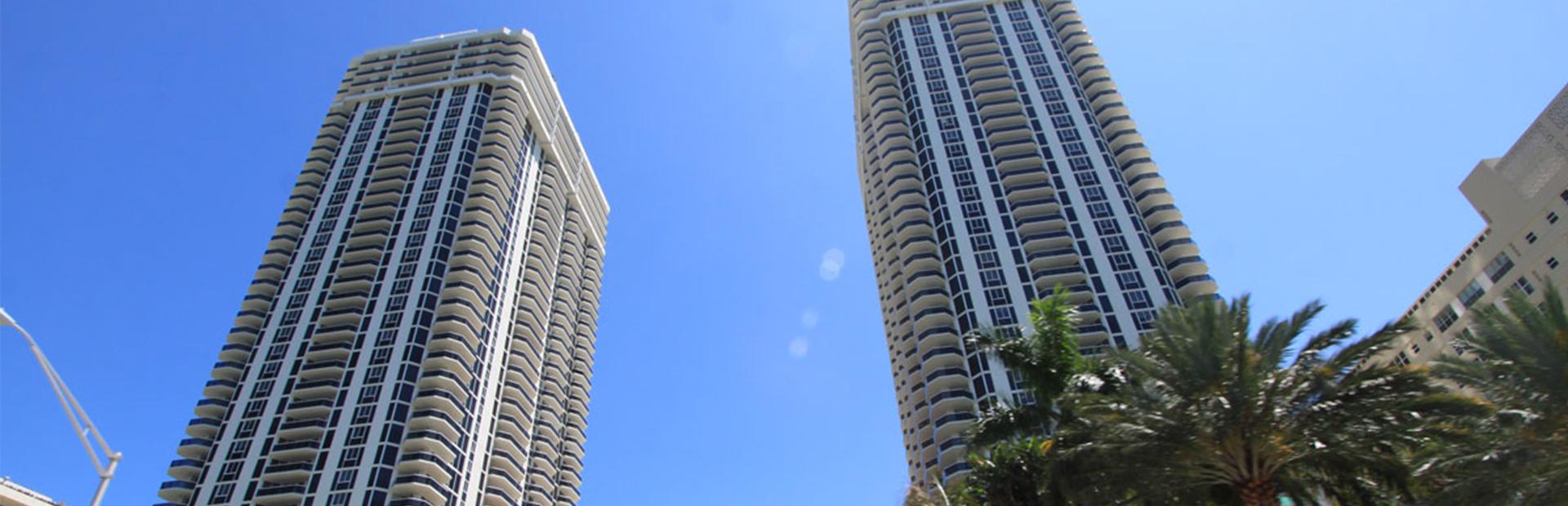 Blue & Green Diamond Towers Miami Beach